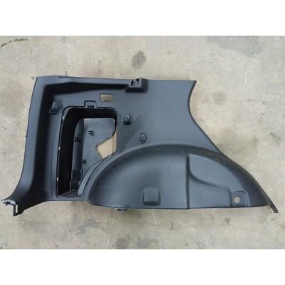 Обшивка багажника левая Suzuki Escudo, TDA4W, TDB4W