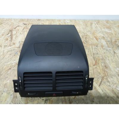 Дефлектор воздуховода Suzuki Escudo, TDA4W, TDB4W
